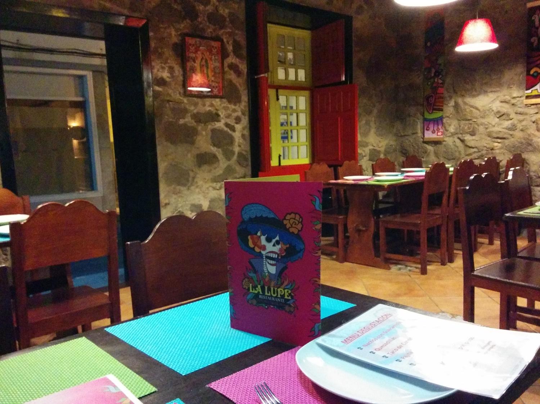 Interior del restaurante Mexicano La Lupe, Arrecife, Lanzarote