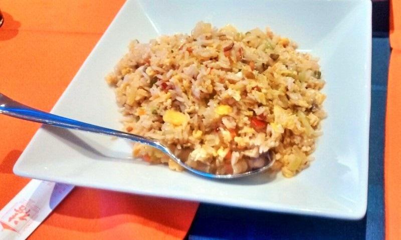 Platos de Marina Lanzarote Asiático: Arroz al estilo tailandés con un poco de sabor picante