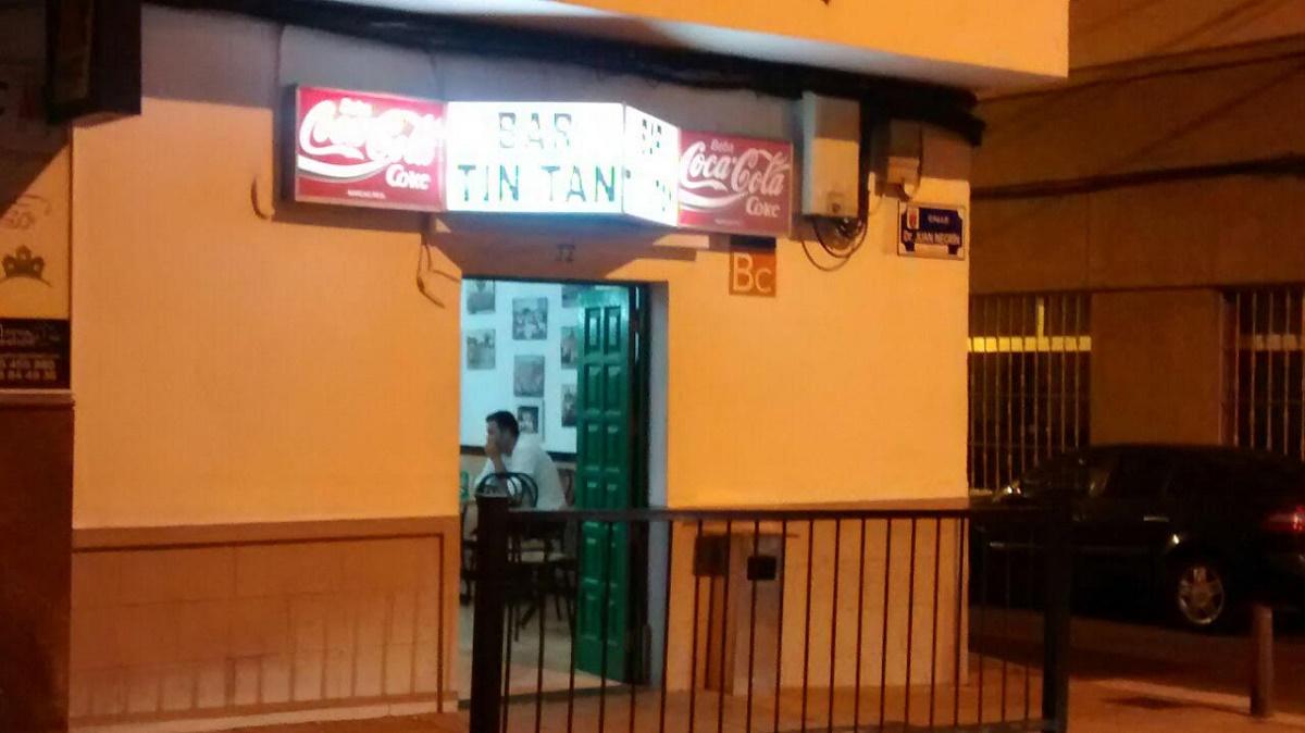 """Fachada del """"Tin-Tan"""", bar emblemático de Arrecife."""